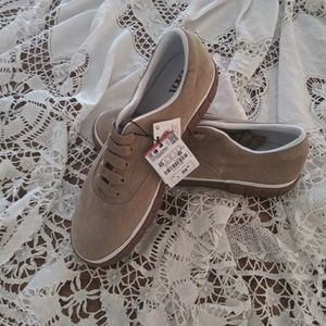 Zara Man beige leather plimsolls 5367/302
